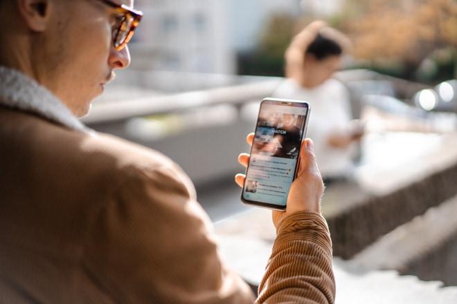 Steeple sur téléphone mobile