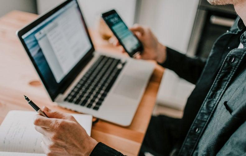 Outils de communication interne : la check-list indispensable du chargé de com'